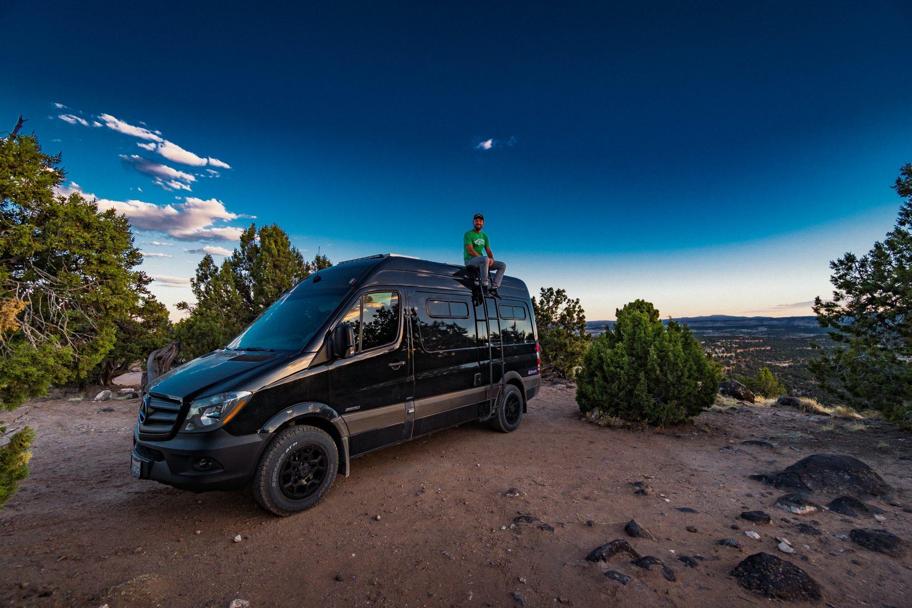 Full-Time #Vanlife Living in a Mercedes Sprinter Camper Van
